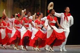 Leer más:Taller de Danzas Cubanas