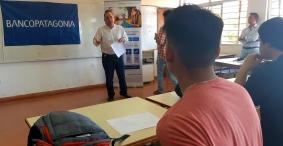 Leer más:Estudiantes universitarios podrán acceder a tarjetas de débito Patagonia